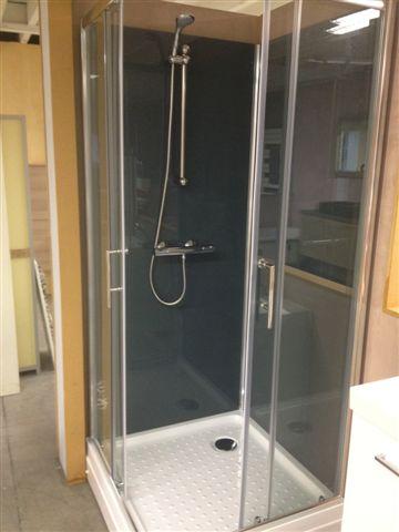 Trento Basic LG vierkante rondom gesloten douchecabine met schuifdeuren op de hoek