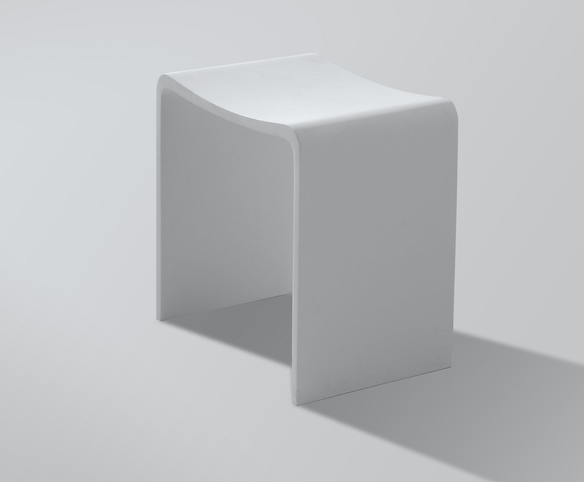 Solid surface hocker design in uw badkamer douchecabine.nl