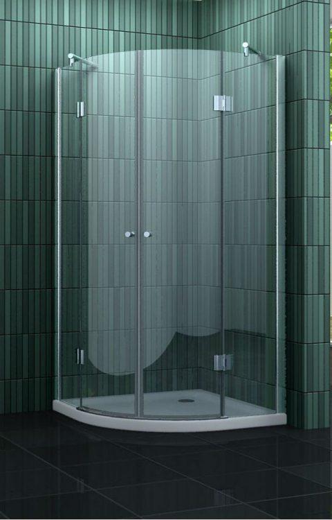 Kwartronde douchecabine met een beperkte hoogte van 180 cm.