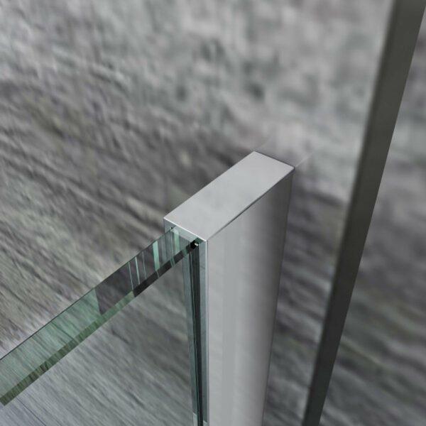 Aluminium muurprofiel voor een inloopdouche glaswand