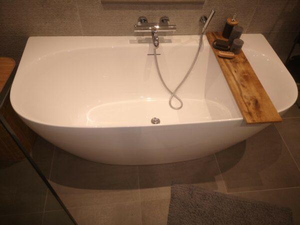 Sfeer beeld van het vrijstaande Riho bad